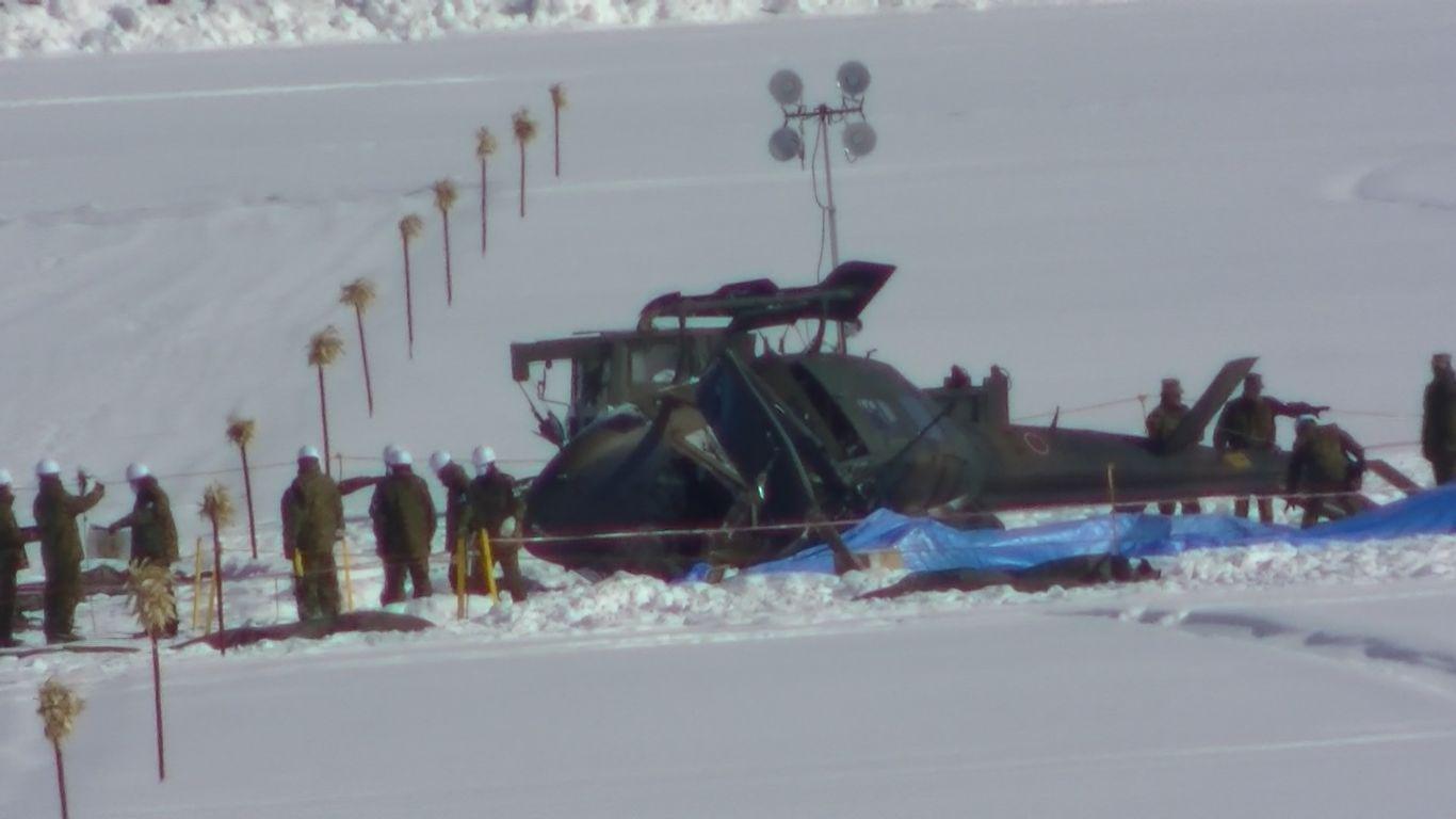 2020年2月7日午前9時半頃、第2飛行隊UH-1Jが旭川飛行場内に墜落: 旭川 ...